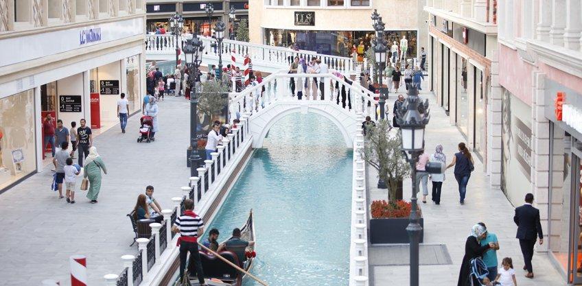 <b>Venezia</b>